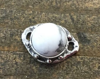 Howlite cabochon Link 10 mm Sterling Silver