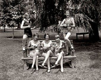Girls In Bathing Suits With Ukuleles 1920's Photo