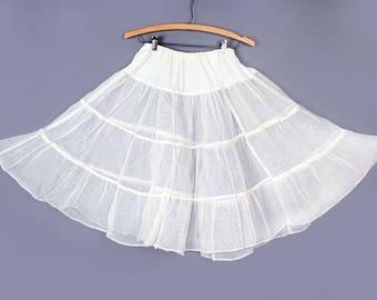 1950's White Vintage Petticoat - Sheer, Full Skirt, Medium