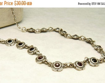 Vintage Sterling 925 Garnet Flower Necklace