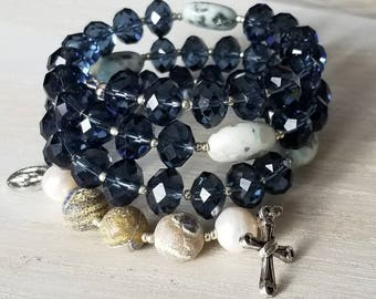 Catholic rosary wrap bracelet with navy blue glass beads, agate and kiwi stone gemstone beads gift for godmother, communion, confirmation