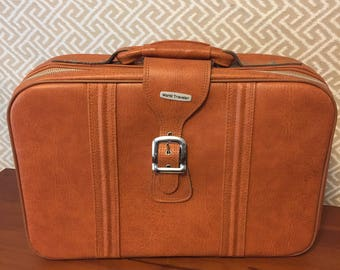 World Traveler Vintage Suitcase 1970s Brown Faux Leather Weekender Zip Buckle Travel Bag