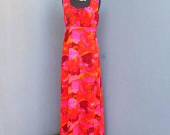 Vintage 1960s/70s Hawaiian Dress, Penney's, Resort Wear, Hawaiian Print Maxi Dress, Floral