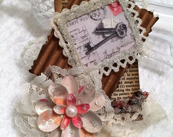 Mixed Media Gift Tag, Shabby, Rustic, Vintage, Package Topper, Gift Wrap, Scrapbook, Keepsake Tag