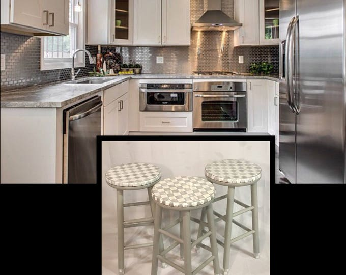 """Whimsical Painted Furniture, 24"""" Painted round top bar Stool swivel//Whimsical painted stool//Checkered Stool gray White"""