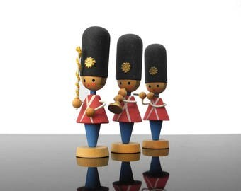 Grenadier Guards / Wooden miniature figurines / Erzgebirge / Vintage