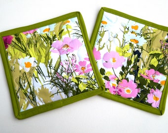 Floral Quilted Pot Holders Set of 2, Modern Painting Fabric Hot Pads