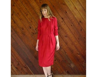 15% Memorial Day Wknd ... Woven Red l/s Shift Dress - Vintage 60s - S/M