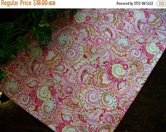 SALE Table Runner Bright Paisley Pink Orange Padded