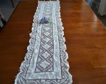 Vintage Bobbin Crochet Table Runner