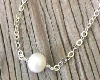 Sterling silver wire wrapped freshwater pearl pendant necklace