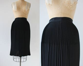 vintage 1950s skirt / 50s black pleated skirt / 50s accordion pleat skirt / 50s pencil skirt / 50s suit skirt  / large 29 inch waist