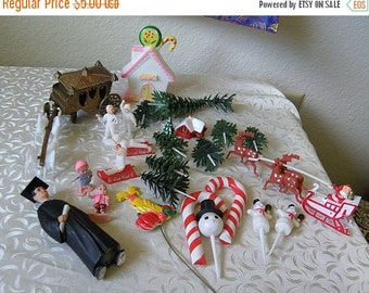 christmasinjuly assortment plastic cake decorations. coach and horse, Xmas goodies