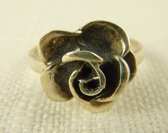 Size 6 Vintage Sterling Simple Rose Ring