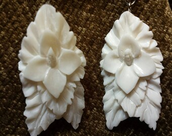 Carved Bone Earrings - Hibiscus