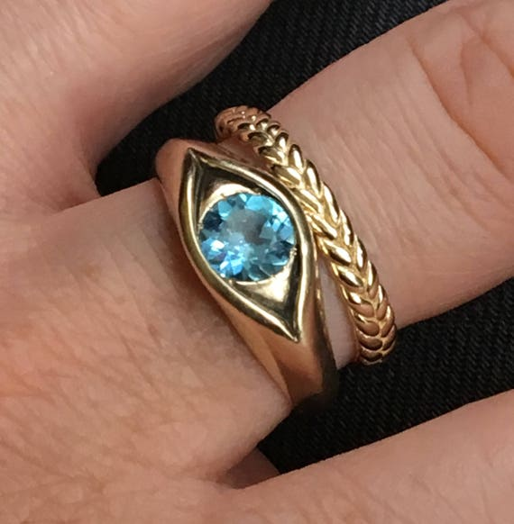 Large Yellow Gold Jeweled Eye Ring-Swiss Blue Topaz