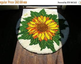 SALE 1960s Shag Throw Rug  / Sunflower mod Rya Scandinavian