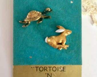 Vintage Nemo Tortoise and Hare Tac Pins On Original Card NOS New Old Stock