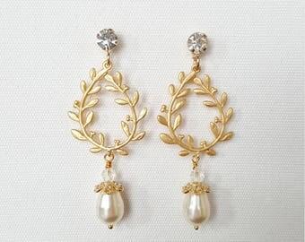 Gold Wedding Earrings, Pearl Bridal Earrings, Wedding Chandelier Earrings, CZ Drop Earrings, Wedding Jewelry