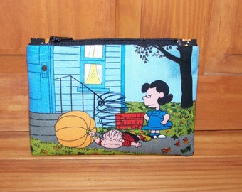 Charlie Brown Snoopy Zippered Pouch
