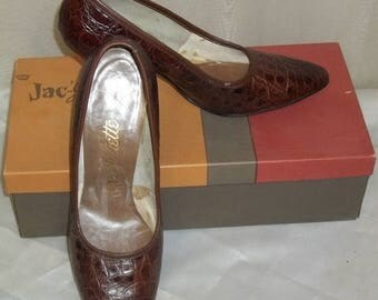 SUMMER SALE Vintage Jac-Juliette Crown Alligator Shoes Pumps 6 1/2M High Heels w/Box