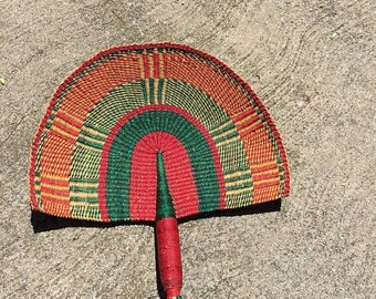 40% OFF The Vintage Green and Red Ethnic Wicker Fan Wall Hanging