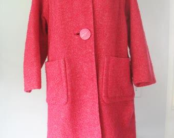 Vintage Bouclé Wool Coat, Raspberry Pink, Jacket, Presentation, Madmen Era, Sz12-14, 1960s, Satin Embroidered Lining, Pockets, Big Buttons