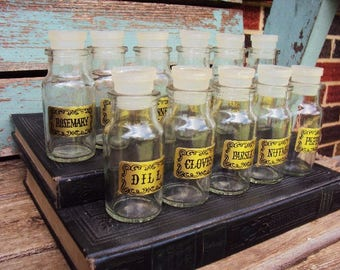 Vintage Glass Spice Jars Spice Pots Apothecary Jar Container Display Set of Bottles Bottle Stoppers Caps