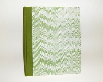 Marbled paper  photo album,  Hand bounded Florentine style -  30 sheets + tissue paper -   cm 24,5 x cm 20 - 1029