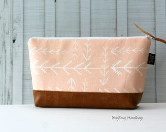 Stitched Arrows in Blush -  Make Up Bag - 3 Sizes / Diaper Clutch / Bridesmaid Gift - with Vegan Leather