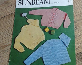 Vintage Knitting Pattern Childs Cardigan , Traditional childrens Knitted Cardigan Pattern