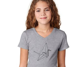 Paper Crane Tshirt, Youth Fitted Girls Tshirt, Cottn Vneck Short Sleeved Graphic Tee in Heather Grey, Origami Shirt, 1000 Paper Cranes Kids