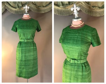 Vintage 1950s dress 50s APPLE GREEN VIBRANT gradient weave silk linen blend hourglass dress