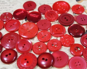 Red Plastic Buttons 33 Red Vintage Housecoat Buttons Red Crafting Buttons
