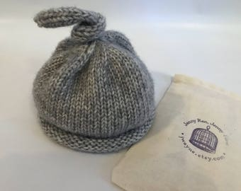 Knotted Cap - 6-12 months