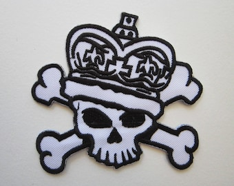 embroidered patch - SKULL and crossbones with crown