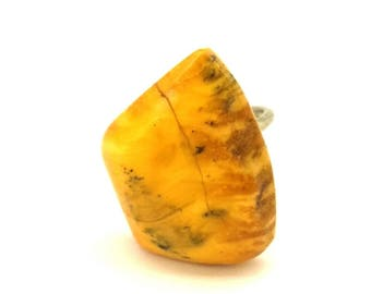 Amber Baltic Ring Antique Genuine 5.13 Gr Egg Yolk Yellow Color