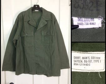 1960's US Military Army Field shirt 1963 size Medium Faded worn soft cotton 2 pocket OG-107 olive green #105