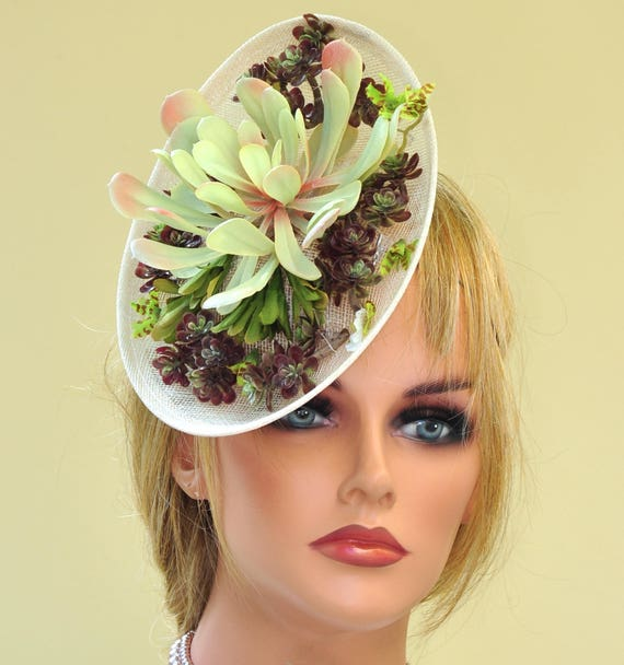 Fascinator Hat, Kentucky Derby Fascinator, Derby hat, Ascot Hat, Saucer Hat, Percher Headpiece