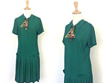 Vintage Emerald Green Dress - mod dress - 60s dress - drop waist - flapper dress - 20s style - ascot - S M