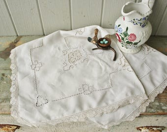 Antique White Linen Openwork Embroidered Tablecloth
