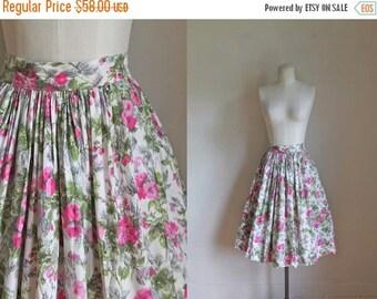 20% off SALE vintage 1950s foral skirt - ROSE POTPOURRI full skirt / M