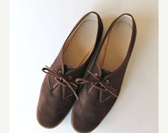 20% off SALE vintage velvet shoes - ESPRESSO brown lace up flats / sz 10-10.5