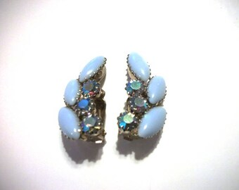 FUN Blue Navette Aurora Borealis Rhinestone Vintage Clip on Earrings Collectible Costume Jewelry for Women