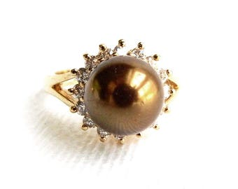 Vintage Chocolate Pearl & Rhinestone Solitaire Ring -  Simulated Pearl - Cocktail Dinner Ring - Size 7 - Elegant