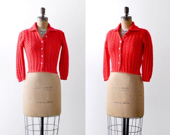 1970 orange cardigan. cropped. 70's knit sweater. short. coral. small. 60's