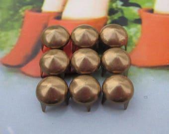 100 Metal studs, bronze Studs, 8mm Steampunk cone studs, 4 claw stud rivets, antique brass spike studs, jewelry studs decoration