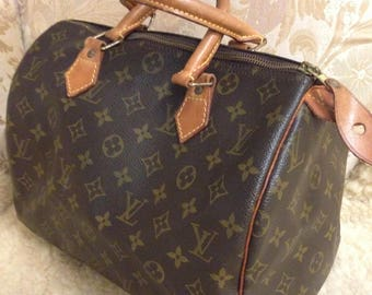 Vintage Louis Vuitton Speedy 30 Bag. Monogram and Leather.