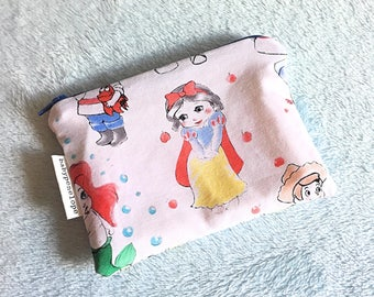 Small Cosmetic Bag/ Pouch -  Coin Pouch - Stocking Stuffer - Snow White - Small Christmas Gift - Scketcheries - Lunch Money Pouch - RTS