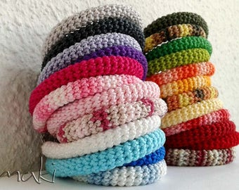 Crochet bracelet - Perfect Summer bracelet in many colors - Suitable for any occasion! Great gift!